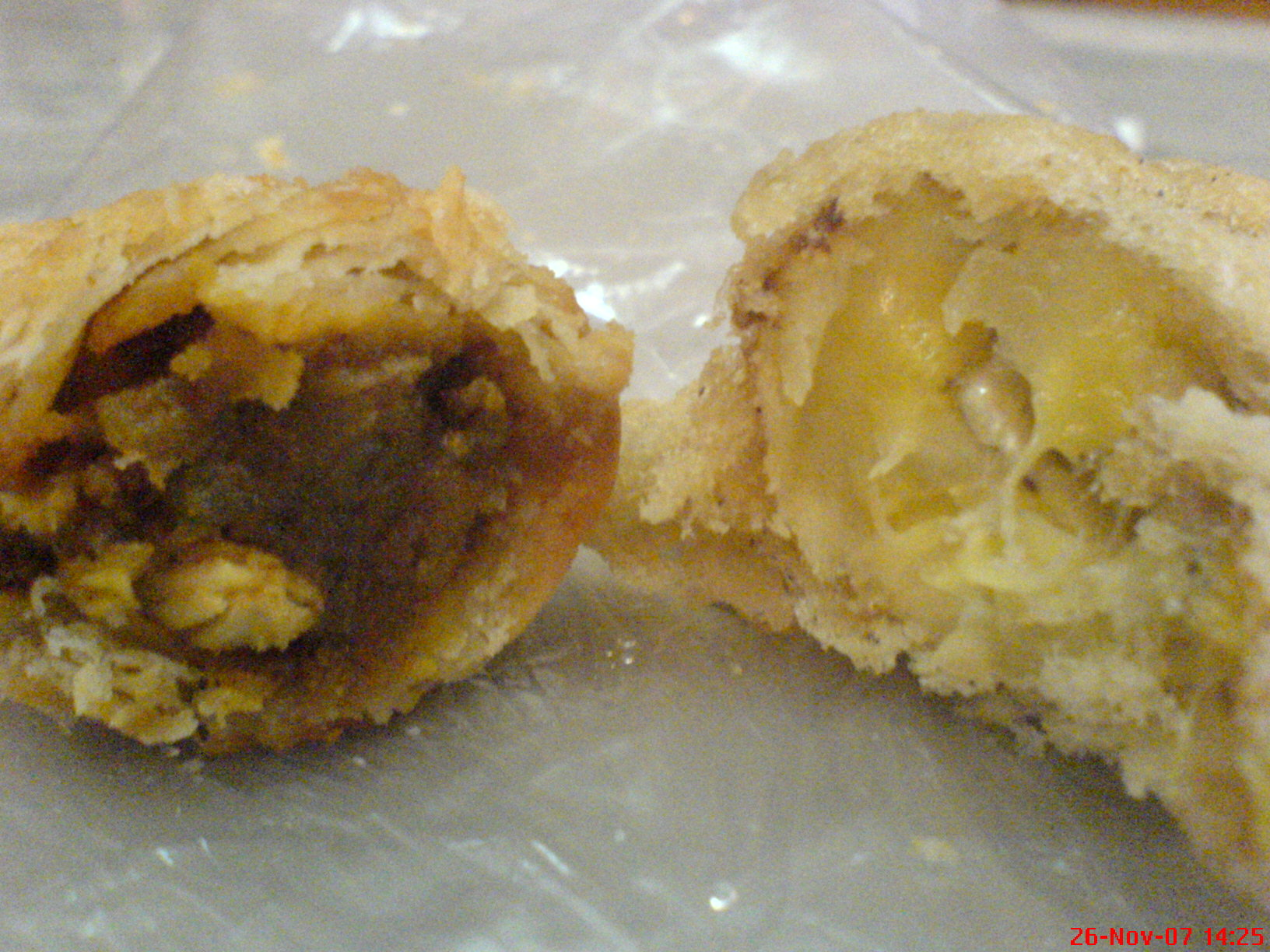 Curry puff & yummy banana fritters
